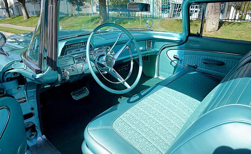 1960 Mercury Monterey Interior