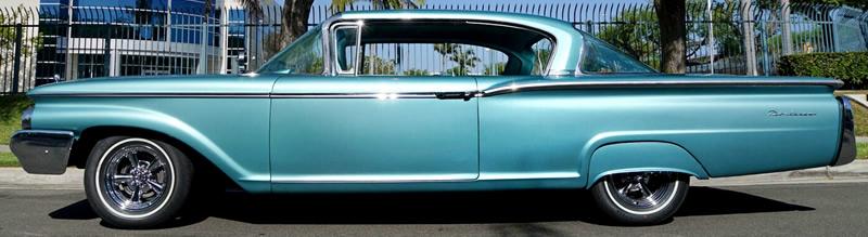 1960 Mercury Monterey 2-door sedan- side view