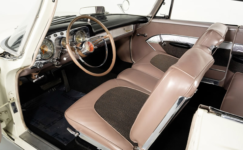 1959 Chrysler Windsor Interior
