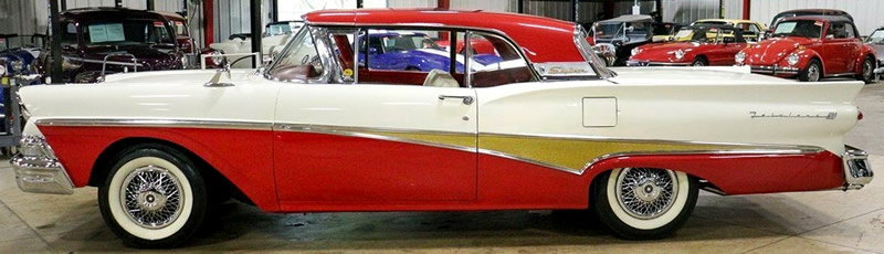 1958 Ford Fairlane 500 Skyliner Side View with the roof up