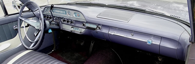 dash of the 1960 Sunliner