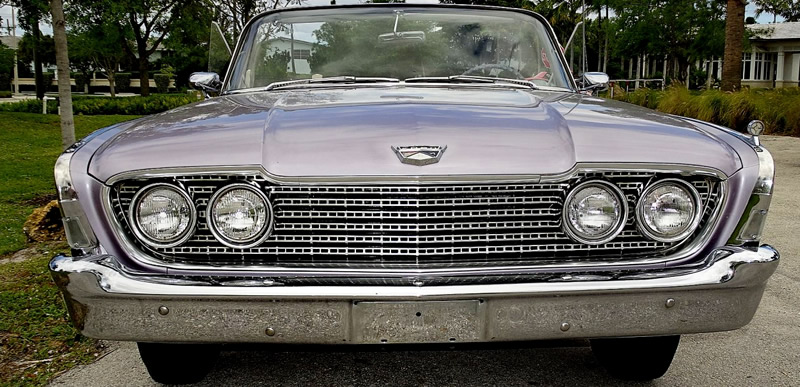 front view showing the grille of a 1960 Sunliner