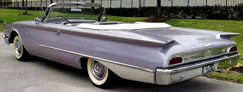 rear view showing the fins on a 1960 Ford Sunliner