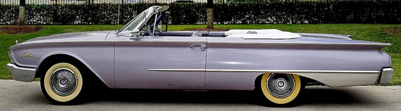 side view of a 1960 Ford Sunliner