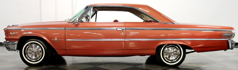 side view showing the fastback styling of the 63 Galaxie 500 XL Sports Hardtop