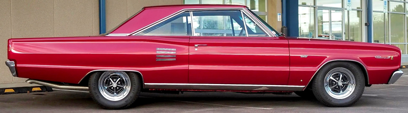 side view of a 66 Dodge Coronet 500 fitted with a 426 Hemi