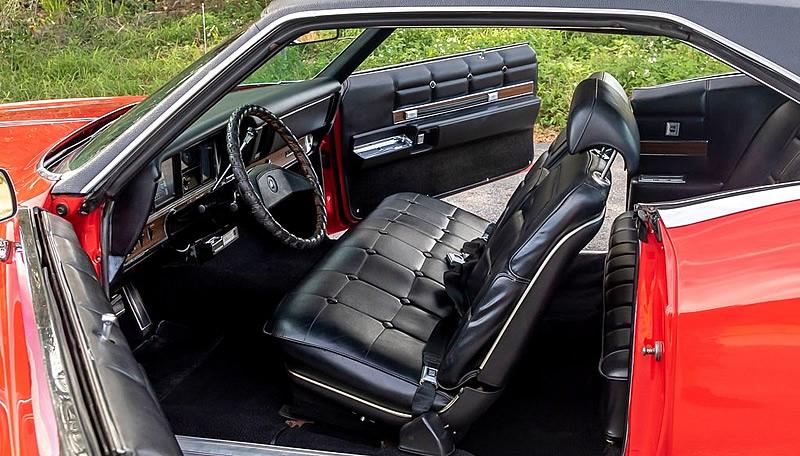 luxury interior of the 69 Buick Riviera