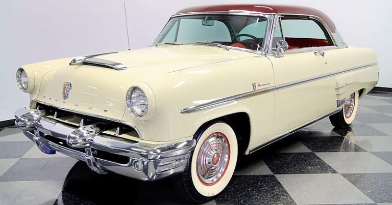 1953 Mercury Monterey Hardtop Coupe