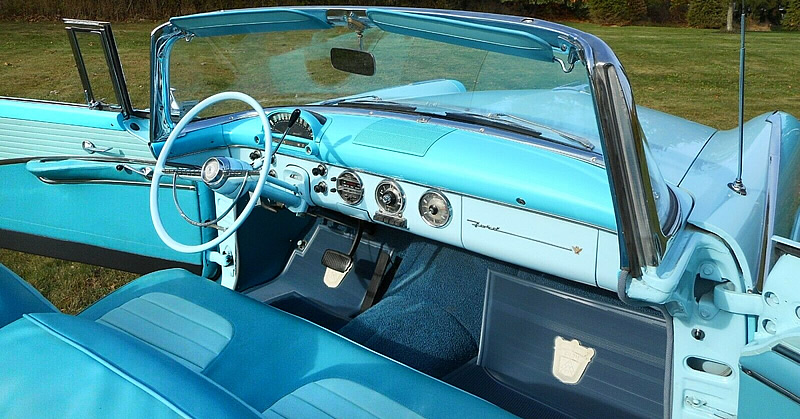 Astra-Dial in the 55 Fairlane Sunliner by Ford