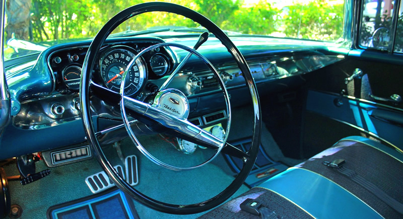 instrument panel in a 1957 Chevrolet Nomad