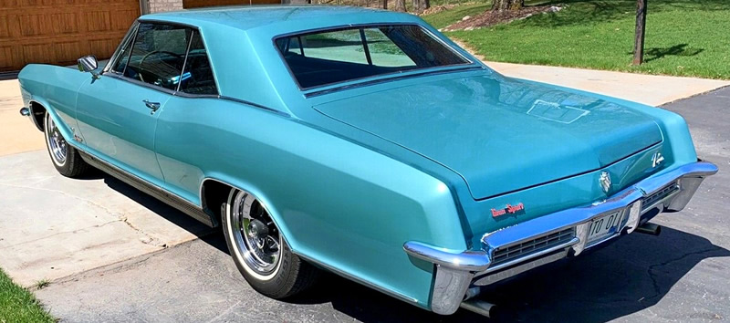 rear of a 65 Buick Riviera GS