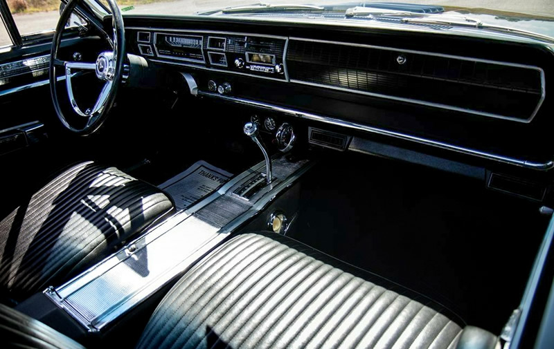 bucket seat interior of the 1967 Dodge Coronet R/T