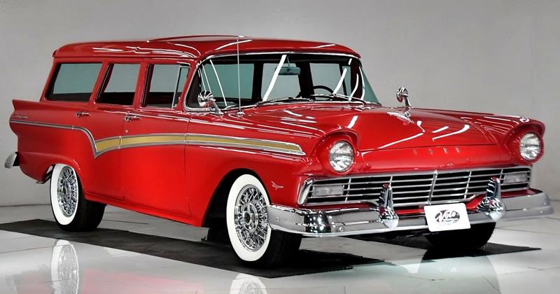 1957 Ford Country Sedan Station Wagon