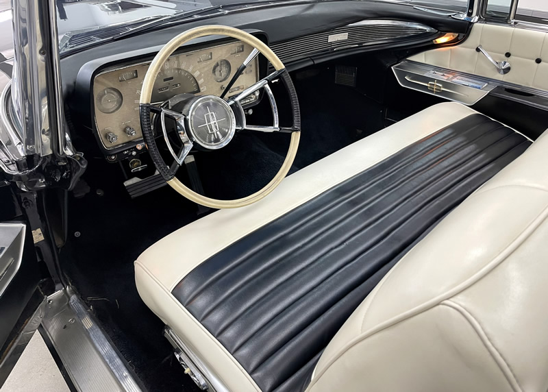 all leather interior of the 59 Mark IV Continental