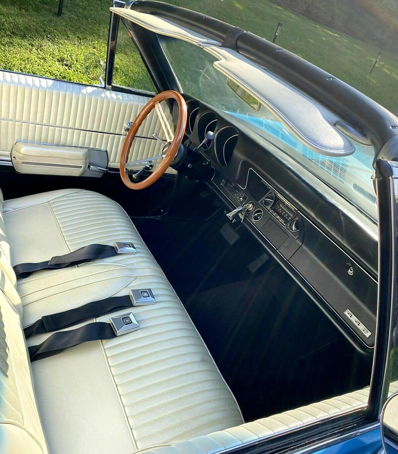 inside a 68 442 convertible with rare bench seats